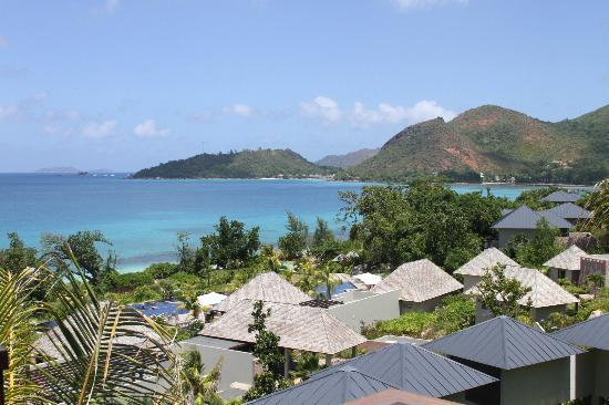 Raffles Seychelles: View of the bay from our Raffles bungalow.