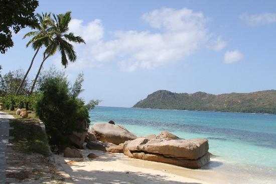 Raffles Seychelles: Raffles private beach