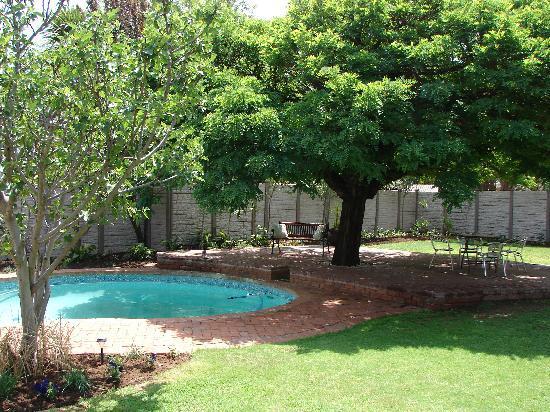 Brebner House: Our garden