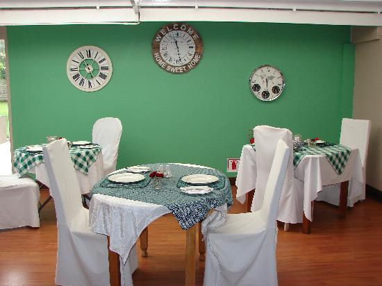 Brebner House: Breakfast area