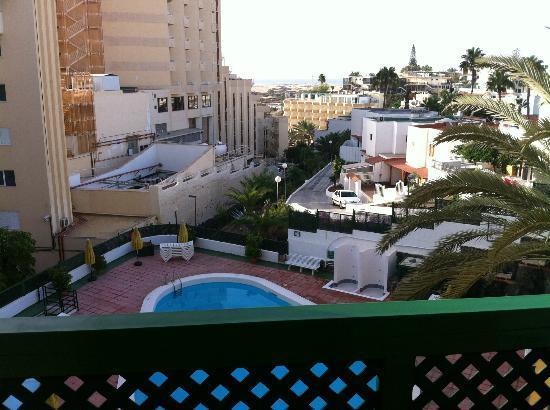 Apartamentos Las Dunas: plage visible du balcon