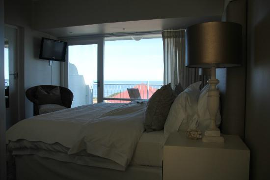 Hermanus Beach Villa: Clean and comfortable room