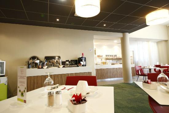 Mercure Valenciennes Centre Hotel: réception