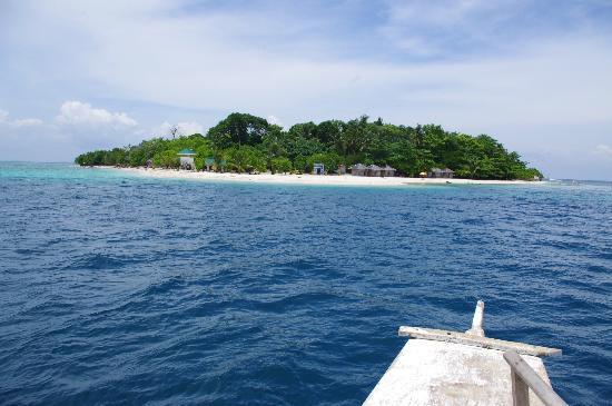 Leyte Island, Filippine: Approaching Canigao Island off Matalom, Southern Leyte
