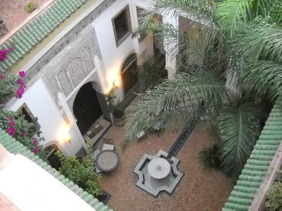Riad El Ma: the courtyard