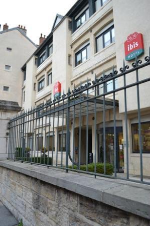 Ibis Besancon Centre Ville : ホテル外観