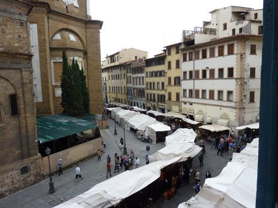 Corte dei Medici: follow those white umbrellas and youll find the hotel
