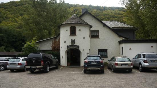 TOP CountryLine Hotel Forellenhof: Gemytligt hotell om en lite otillgängligt inne i skogen