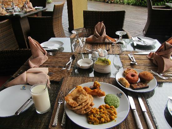 Munyonyo Commonwealth Resort: break fast
