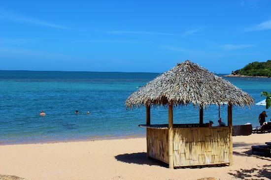Anantara Lawana Koh Samui Resort: the beautiful resort beach