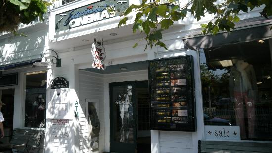 Harborside Inn: Edgartown Cinema - looks like a lovely place to watch a movie