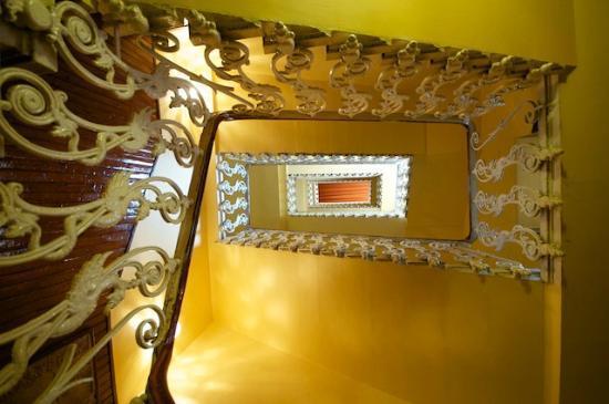 Victoria Hotel: Splendid Interior Architecture