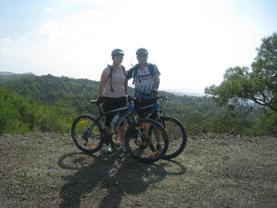 Wheelie Cyprus - Day Tours: David and Lorna