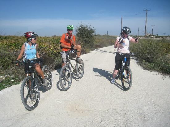 Wheelie Cyprus - Day Tours: Helen, Al and Lorna
