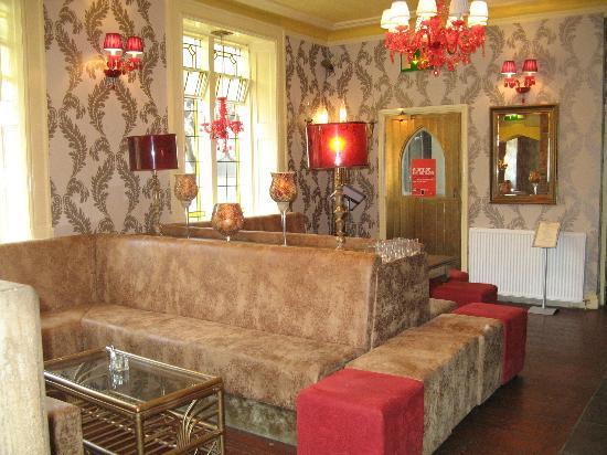 Mitre Hotel: restaurant
