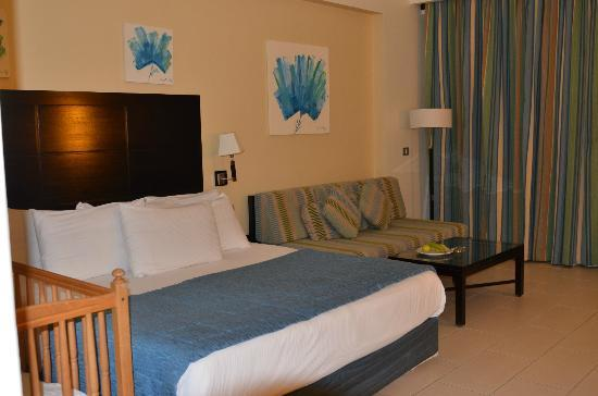 Reef Oasis Blue Bay Resort : Room