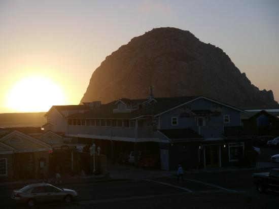 Blue Sail Inn: Morro Rock, from the balcony