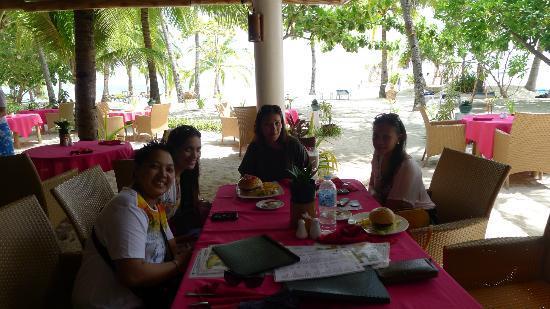 Malapascua Exotic Bar & Restaurant: Ambiance