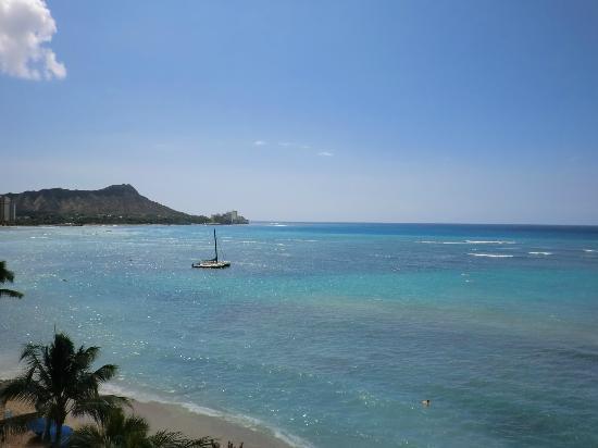 Outrigger Reef Waikiki Beach Resort: 部屋からダイヤモンドヘッド