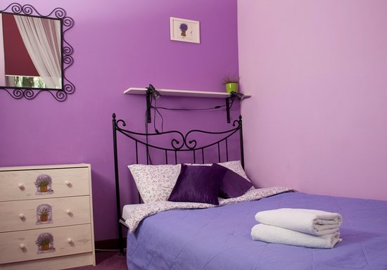 The Secret Garden Hostel: Lavender Friday room