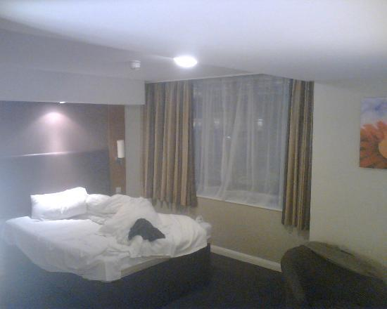 ‪‪Premier Inn Norwich Nelson City Centre Hotel‬: room 410