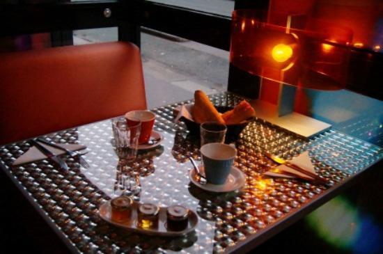 Hotel Sublim Eiffel : Breakfast