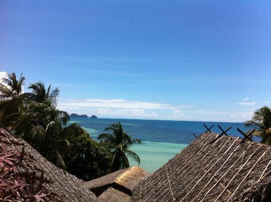 Beyond The Blue Horizon Villa Resort: Morning view!