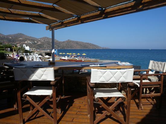 St. Nicolas Bay Resort Hotel & Villas: Lunchtime dining area