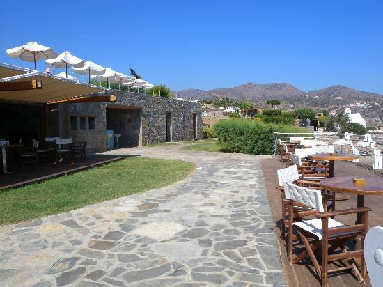 St. Nicolas Bay Resort Hotel & Villas: Lunch area
