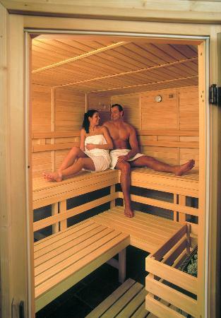 Green Garden Hotel: Sauna