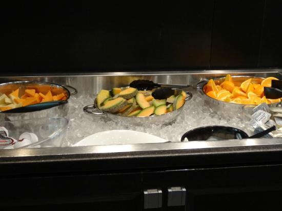Grand Times Hotel: breakfast