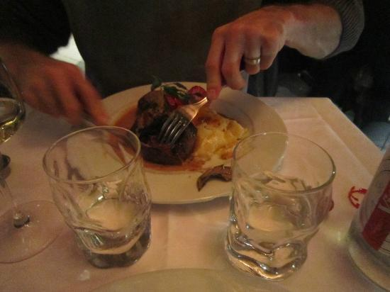 Gril'Laure : Kangaroo and Potatoes Gratin