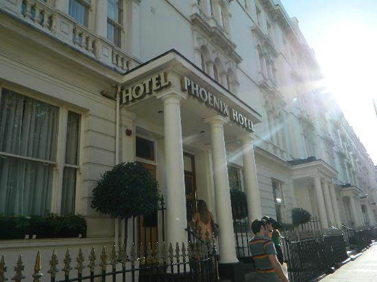 Phoenix Hotel: Fachada