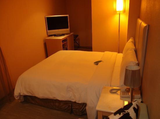 Sun Rise Business Hotel – Taipei Main Station: Comfortable bed