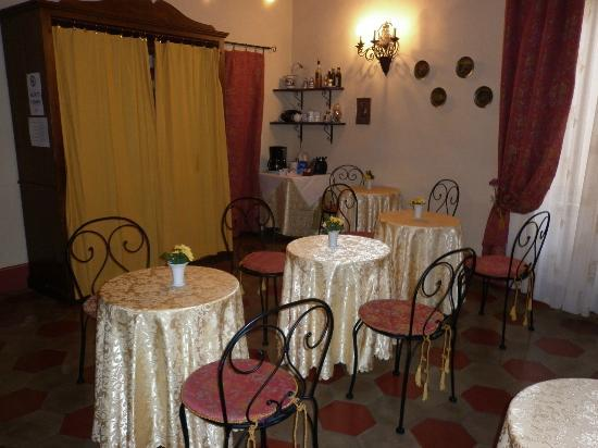 Antica Residenza Cicogna: Dining area
