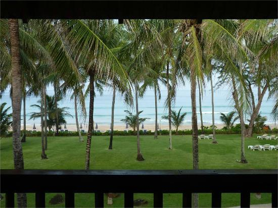 Katathani Phuket Beach Resort: View from our room near the south end of the Thani wing