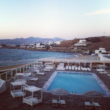 Mykonos Bay Hotel: pool view from the rooms verandah