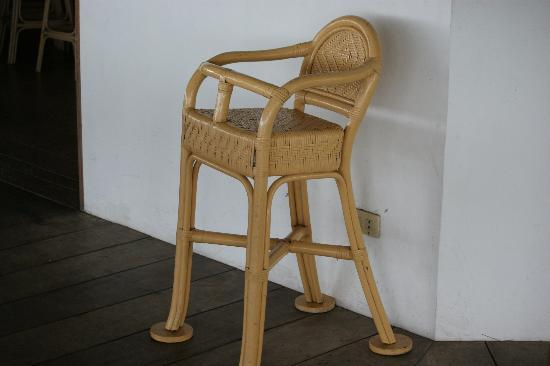 Bodos Bamboo Bar Resort: child chair