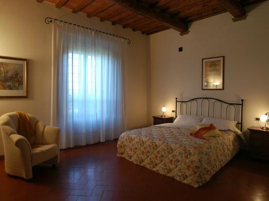 Fignano : A double bedroom in villa Puccini