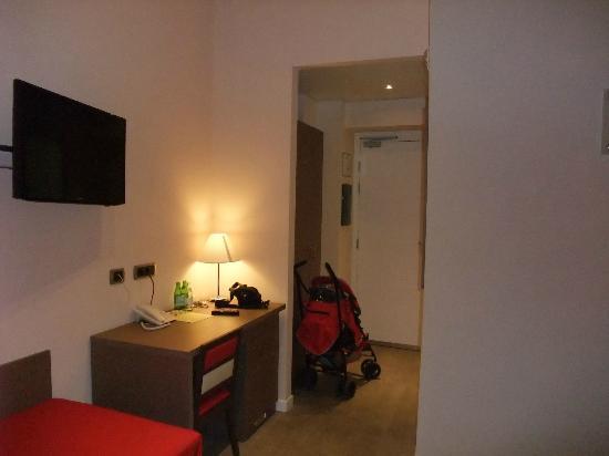 Demetra Hotel: Bedroom