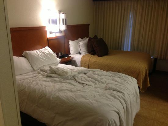 Hyatt Place Dallas-North: Double beds