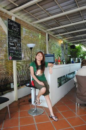 Coolabah Hotel: the place where u can check your facebook ^^