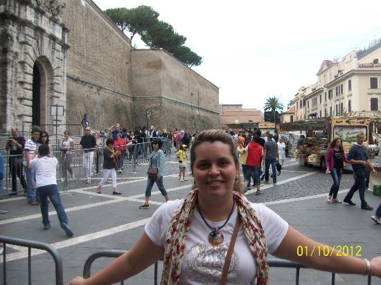 Hotel Alimandi Vaticano: hotel alimandi y entrada a los museos vaticanos