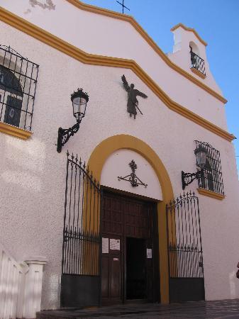 Hotel Puente Real: église SAN MIGUEL Torremolinos