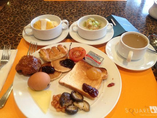 Novotel Singapore Clarke Quay: Great Breadfast