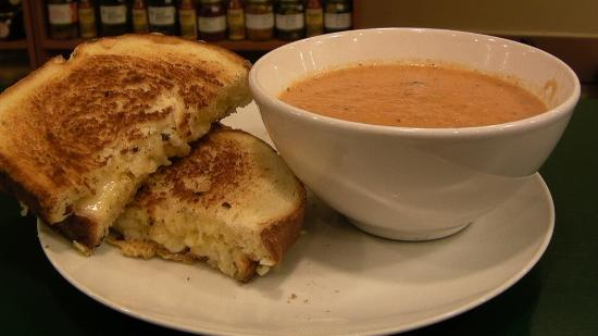 Danforth Deli and Grill: Tomato Soup & Grilled Cheese