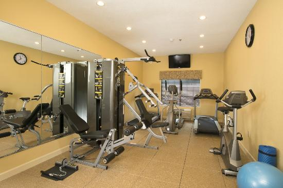 Oakwood, GA: Exercise room