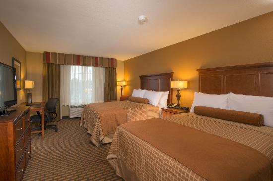 BEST WESTERN PLUS Lake Lanier Gainesville Hotel & Suites: Double Queen beds