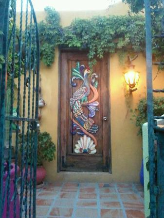 Cabo Inn Hotel: Awesome Door Upstairs