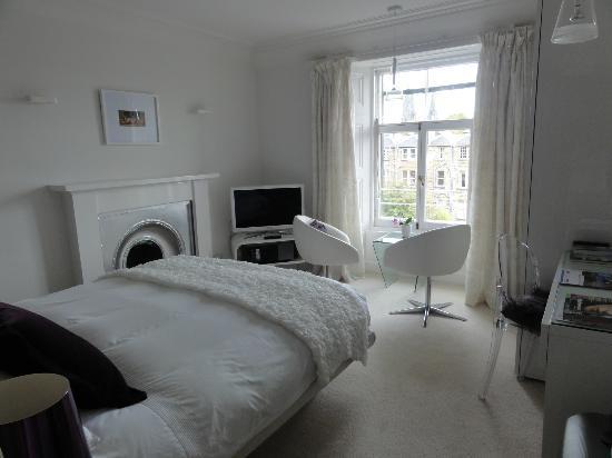 Allburys: Robin Suite Bedroom